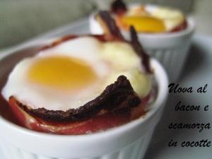 Uova al bacon e scamorza in cocotte 2